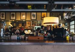 Los trabajadores en hostelería siguen aumentando - La Viña